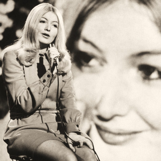 Mary Hopkin3.png